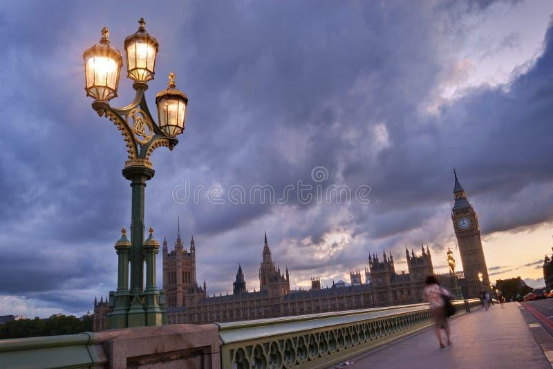 Grand Ben et les Chambres du Parlement photos stock