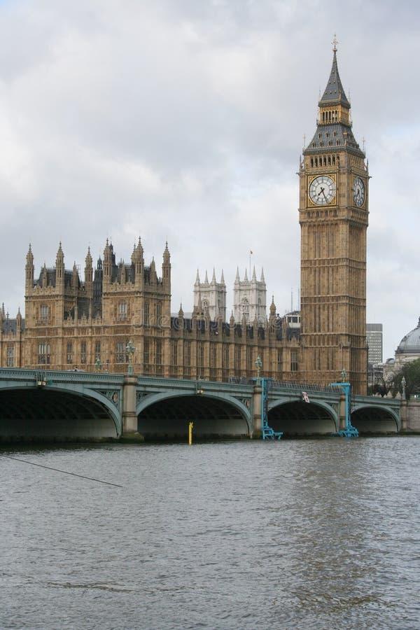 Grand ben et passerelle de Westminster images libres de droits