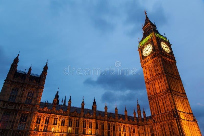 Grand Ben la nuit photographie stock libre de droits