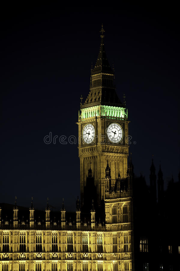 Grand Ben, Londres, Angleterre, R-U, l'Europe, la nuit photographie stock