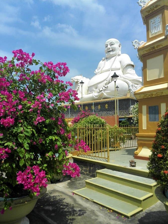 grand blanc de Bouddha images libres de droits