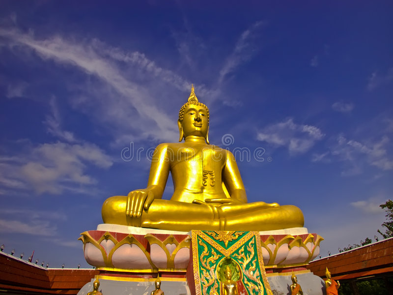 grand Bouddha d'or image stock