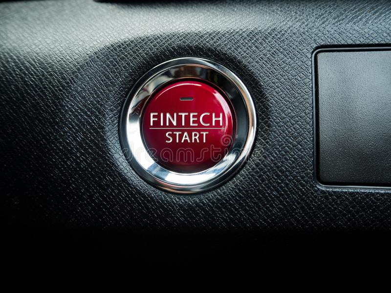 Grand bouton rouge de Fintech sur le fond noir image libre de droits