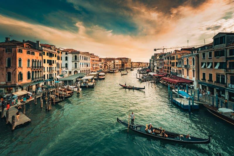 Grand Canal de Venise à l'aube image stock