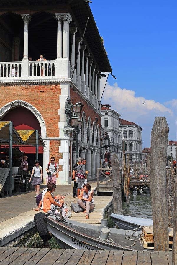 Grand Canal -Dijk bij de Vissenmarkt, Venetië royalty-vrije stock fotografie