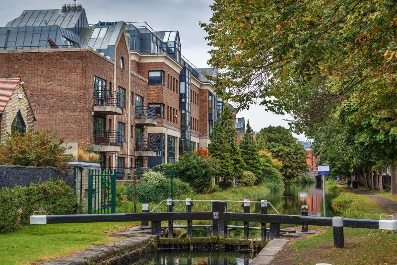 Grand Canal, Dublin, Irlanda imagens de stock royalty free