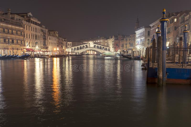 Grand Canal e Rialto fotografia de stock royalty free