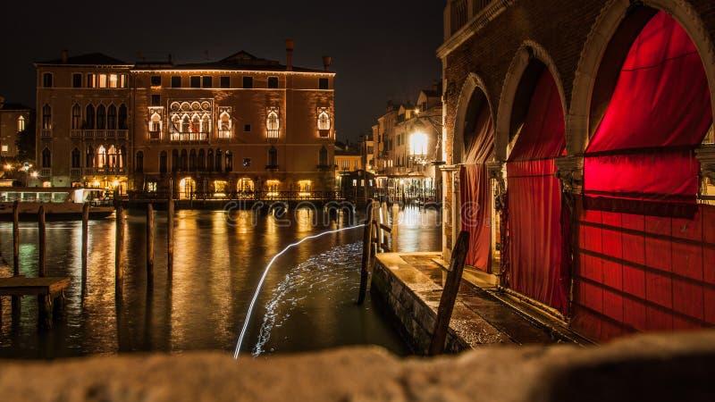 Grand Canal på natten royaltyfri bild
