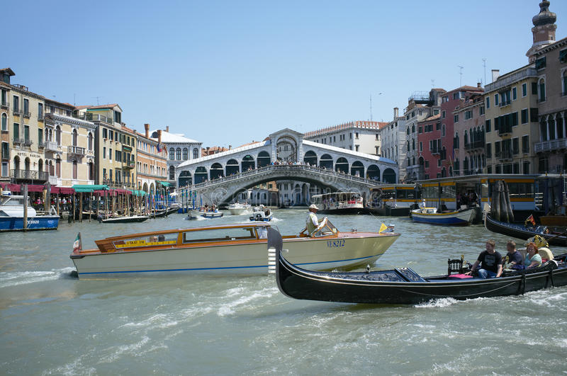 Download Grand Canal traffic editorial photo. Image of rialto - 20341416