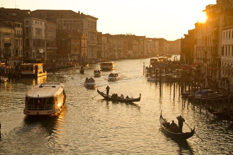Grand Canal in Venetië bij zonsondergang stock foto