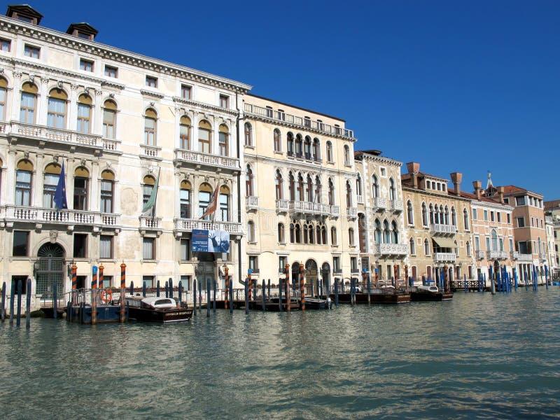 Download Grand Canal In Venetië, Italië Redactionele Fotografie - Afbeelding bestaande uit kanaal, boog: 39105777
