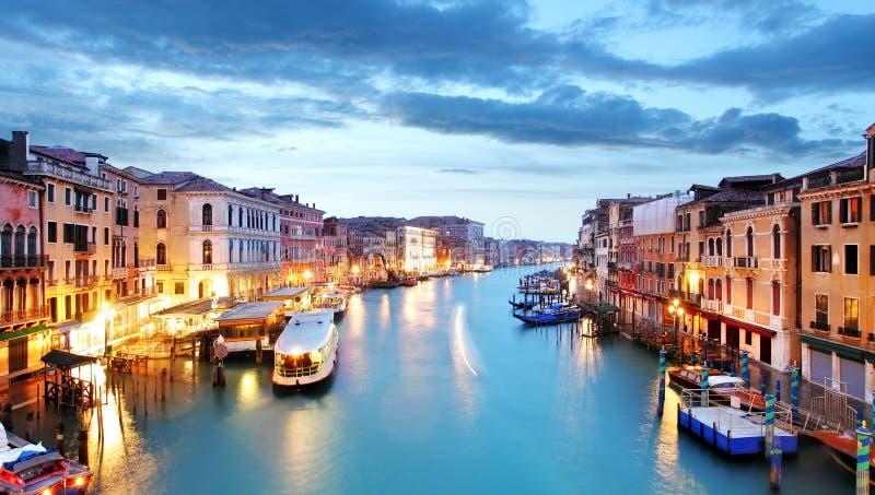 Grand Canal Venetië van Rialto-brug stock fotografie