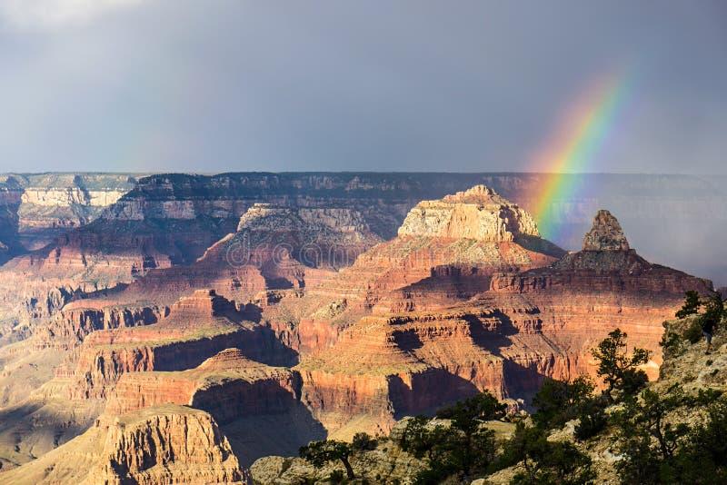 Grand Canyon -Ansicht Regenbogen lizenzfreies stockbild