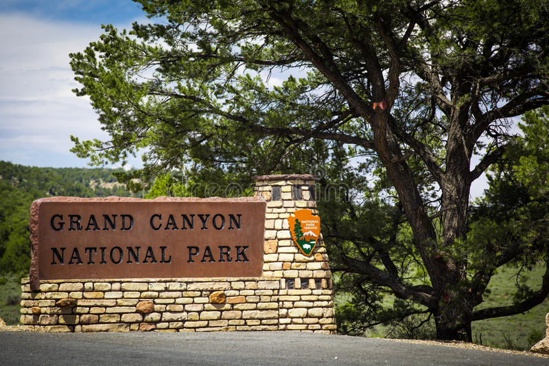 Download Grand Canyon National Park Sign Editorial Stock Image - Image of north, place: 28522529