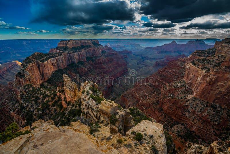 Grand Canyon Rim Cape Royal Overlook del nord al tramonto immagini stock libere da diritti