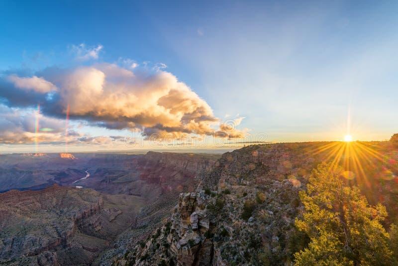 Grand Canyon soluppgångsikt royaltyfri foto