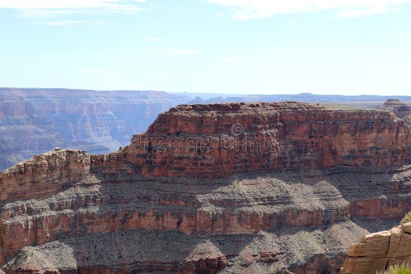 Grand Canyon som snidas av Coloradofloden i Arizona, Förenta staterna arkivbild