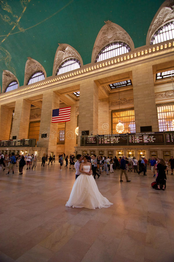 Grand Central -de Bruid en de bruidegom van Postnew york stock foto