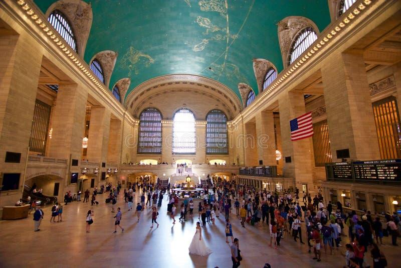 Grand Central stationsNew York brud och brudgum arkivbilder