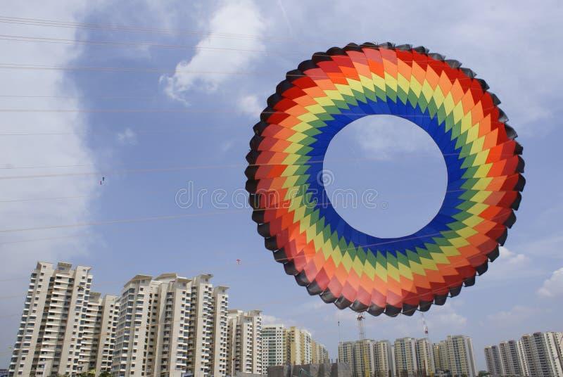 Grand cerf-volant circulaire photo libre de droits