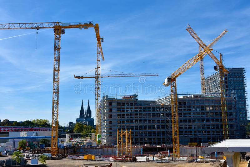 Grand chantier de construction au centre de Cologne photo libre de droits