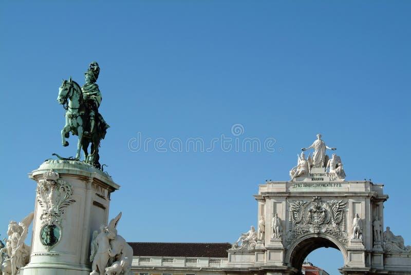Download Grand Dos Antique Du Commerce, Lisbonne Image stock - Image du vacances, romain: 735843