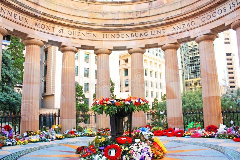 grand dos commémoratif de monument de l'australie d'anzac photos stock