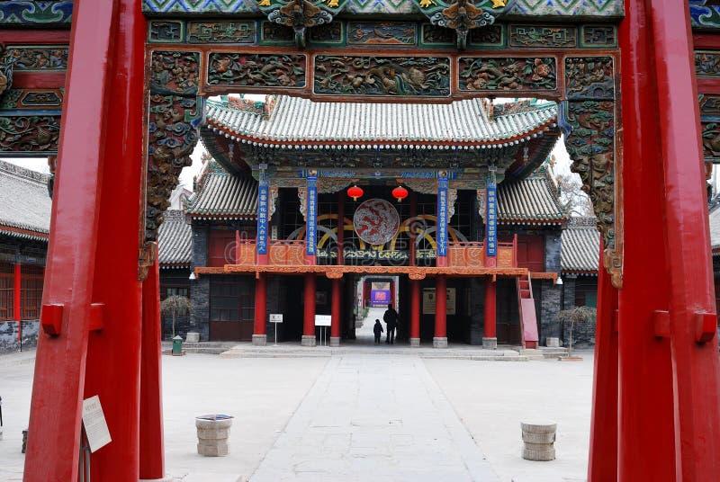 Grand dos dans le temple de la Chine photo stock