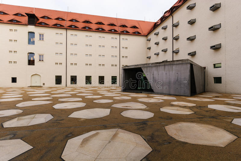 Grand dos de château de Freiberg images stock