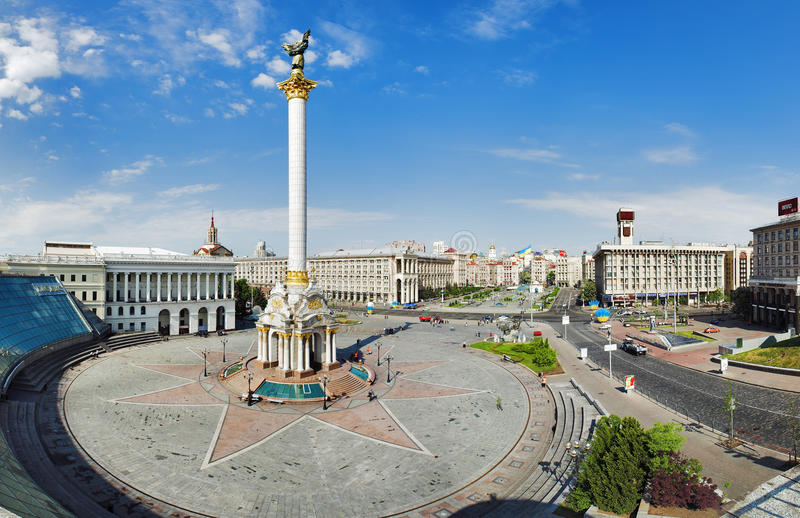 Grand dos de l'indépendance à Kiev photographie stock libre de droits