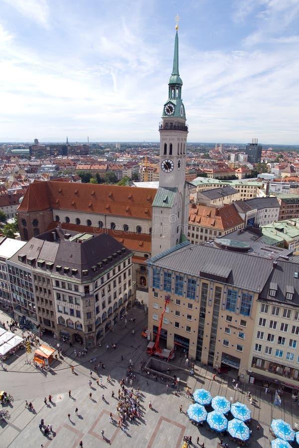 Grand dos de Marienplatz à Munich, Allemagne (2) photographie stock