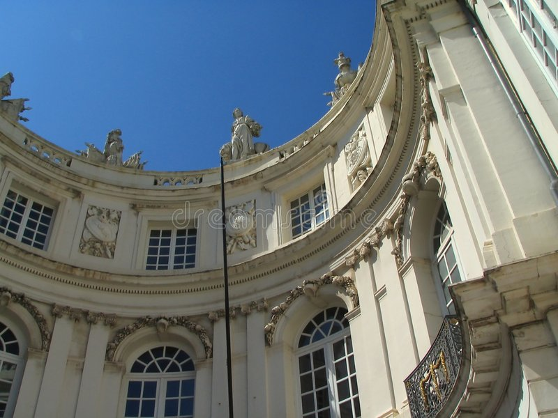 Grand dos de musée de Bruxelles. photographie stock libre de droits
