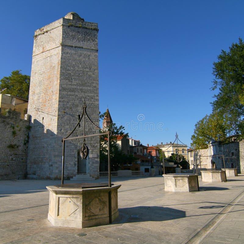 Grand dos de puits de Zadar cinq photo stock