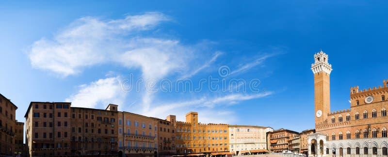 Grand dos principal de Sienne Italie images libres de droits