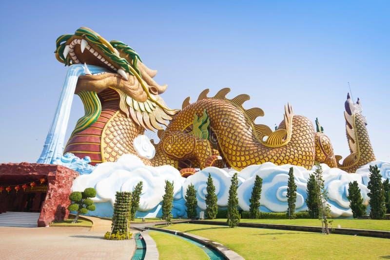 Grand dragon au musée de descendants de dragon images libres de droits