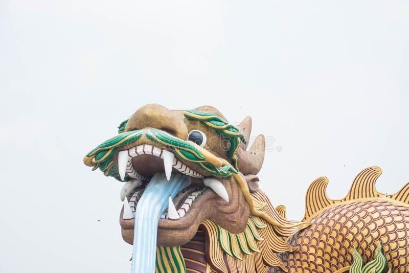Grand dragon aux descendants musée, Thaïlande de dragon photos libres de droits
