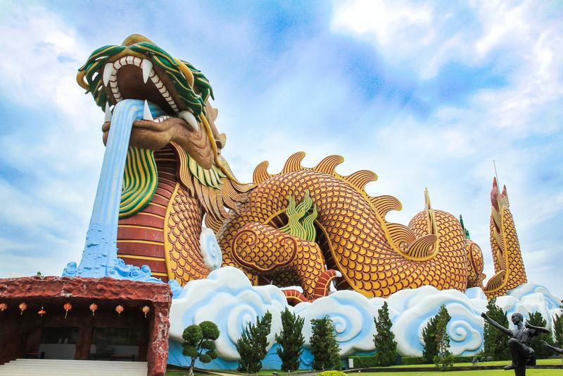 Grand Dragon Statue chez Dragon Descendants Museum photos stock