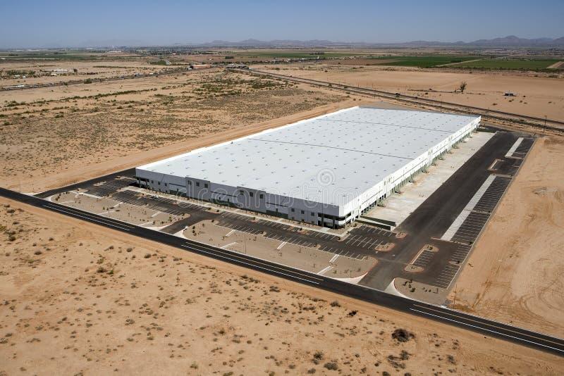 Grand entrepôt de distribution images stock