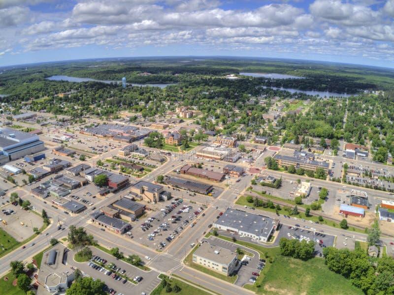 Grand Forks är en stor North Dakota stad på Redet River på genomskärningen av huvudväg 2 och mellanstatliga 29 en timmesöder av fotografering för bildbyråer