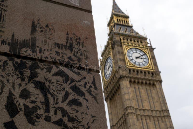 Grand graffiti de Ben Famous Landmark et de mur photos stock