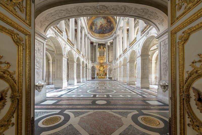 Grand Hall Ballroom dans le palais de Versaille Le palais de Versaille et les jardins environnants est sont sur la liste de patri images stock