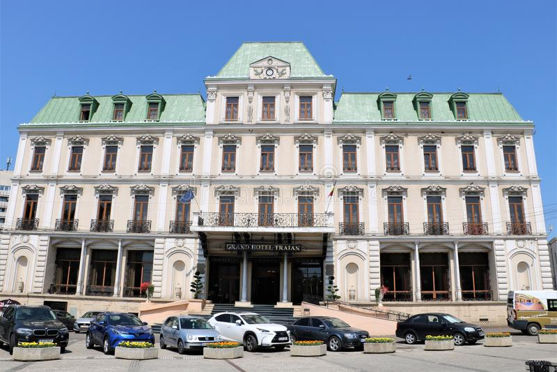 Grand Hotel Traian i Iasi Rumänien royaltyfria foton