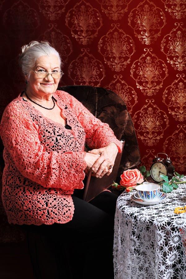 Grand-mère photos libres de droits