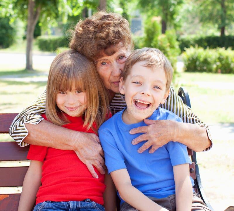 Grand-mère avec l'enfant photos libres de droits