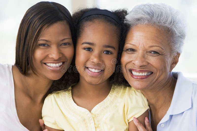 Grand-mère avec le descendant et l'enfant adultes photographie stock