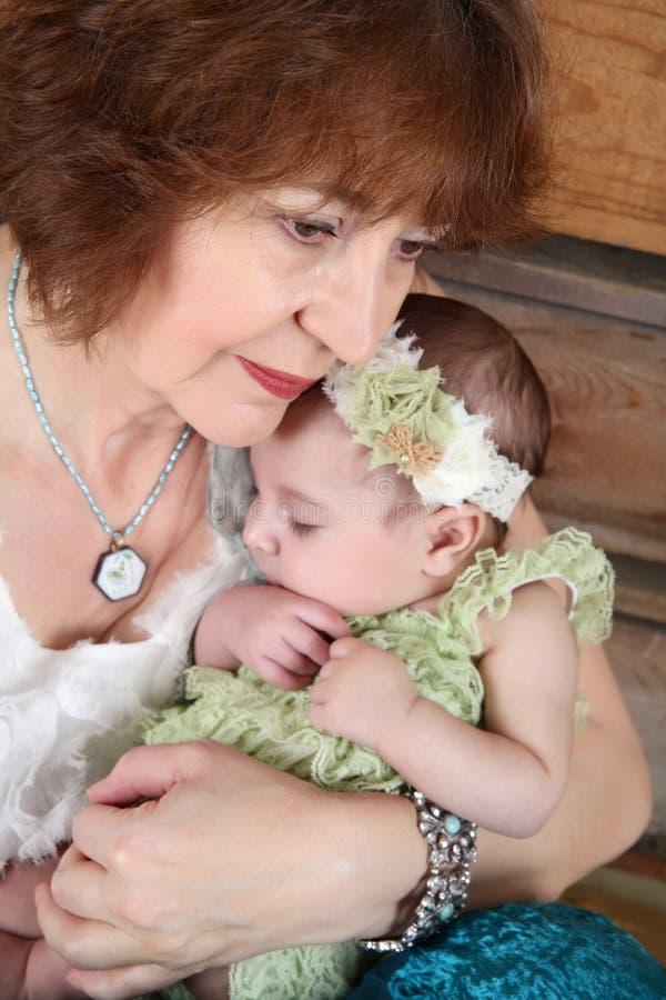 Grand-mère et Grandaughter image stock