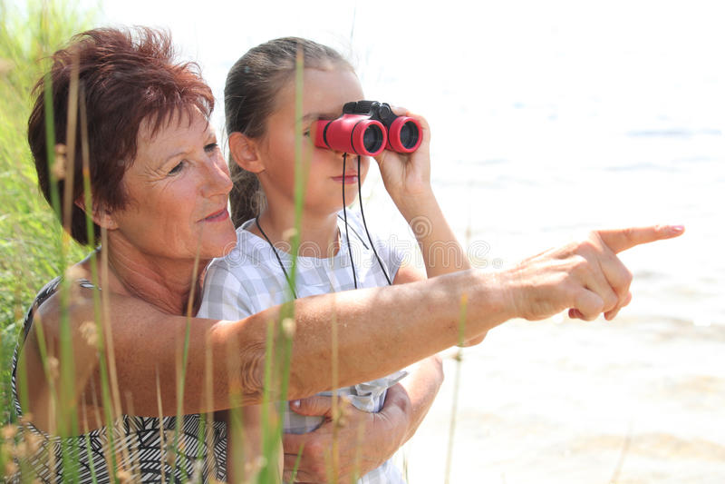 Grand-mère Et Petite Fille Image libre de droits