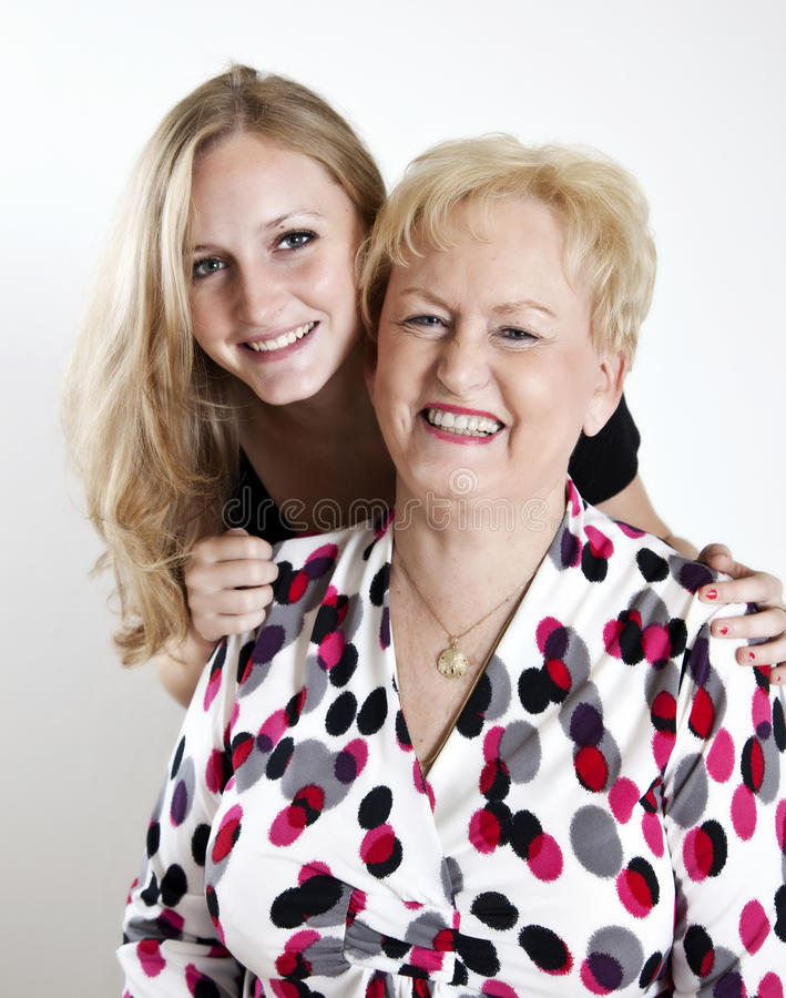 Grand-mère heureuse et Grandaughter images stock