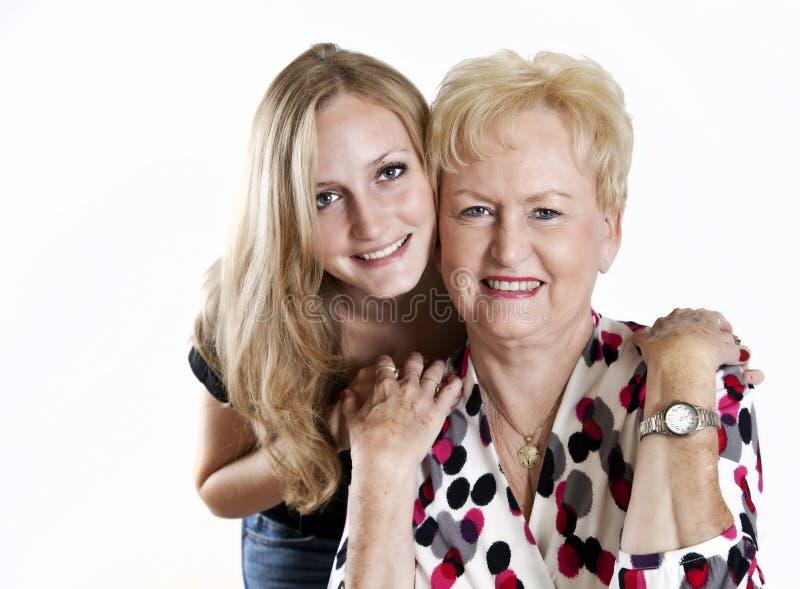 Grand-mère heureuse et Grandaughter photographie stock libre de droits