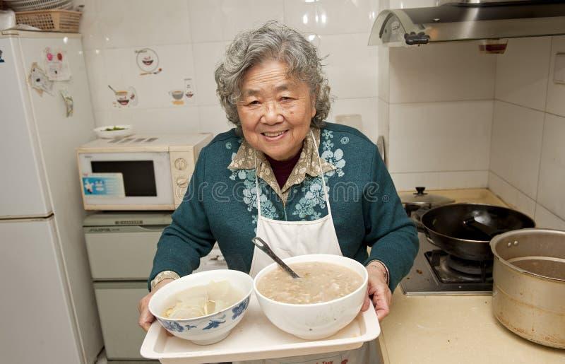 Grand-mère heureux image libre de droits